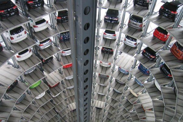 Lager der auszuliefernden VW-Fahrzeuge
